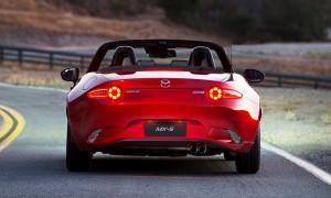 2016 Mazda MX-5 Roadster 2