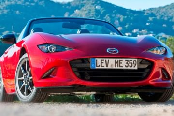 2016 Mazda MX-5 Roadster 45 - Copy