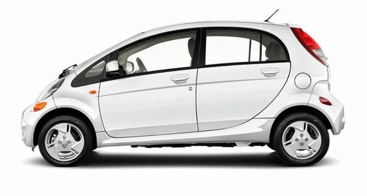 2016 Mitsubishi iMiEV white