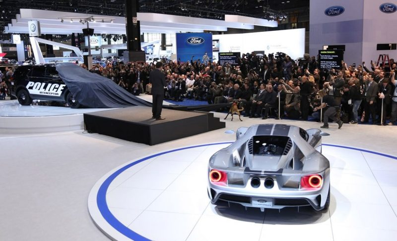 2017 Ford GT in Liquid Silver 7