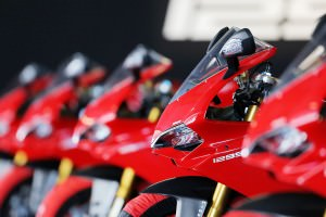 204-1299PanigaleS_Portimao_ambience22
