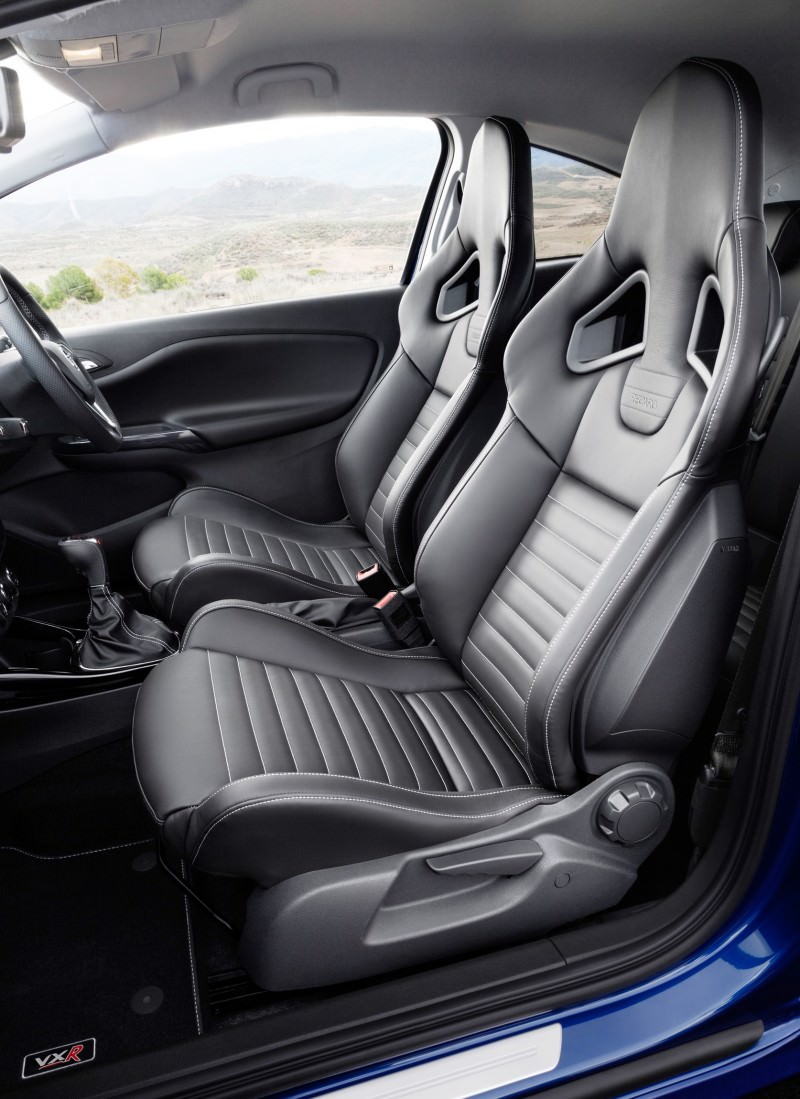 Corsa VXR Interior