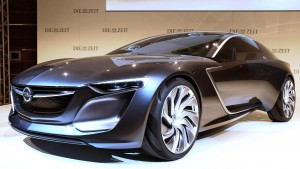 Design Analysis - 2013 Opel-Vauxhall MONZA Is Exotic, Advanced PHEV GT 16
