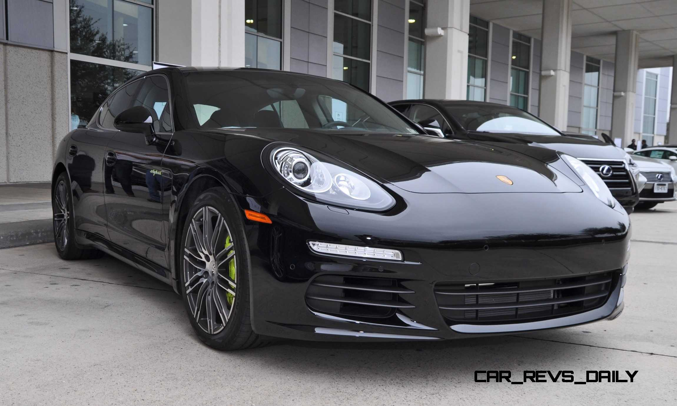 first drive review 2015 porsche panamera s e hybrid. Black Bedroom Furniture Sets. Home Design Ideas