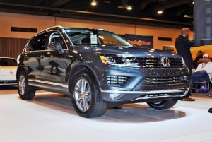First Drive Review - 2015 Volkswagen Touareg TDI Feels Light, Quick and Lux 15