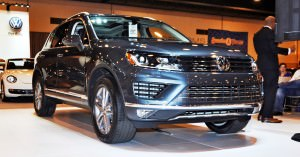 First Drive Review - 2015 Volkswagen Touareg TDI Feels Light, Quick and Lux 16