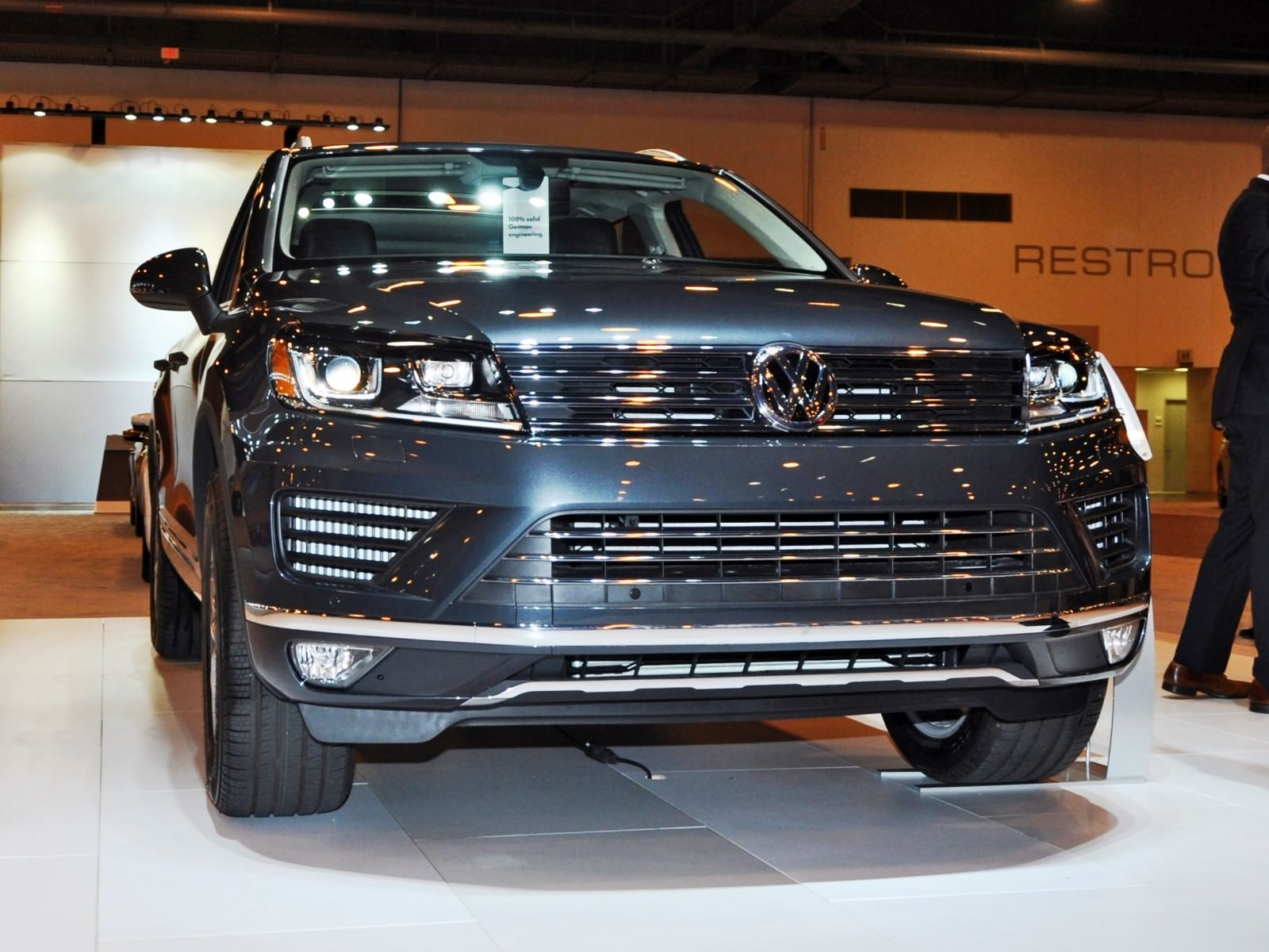 First Drive Review - 2015 Volkswagen Touareg TDI Feels Light, Quick and Lux 19