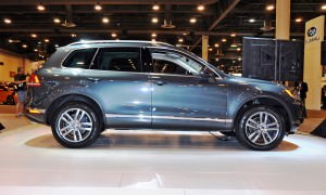 First Drive Review - 2015 Volkswagen Touareg TDI Feels Light, Quick and Lux 9