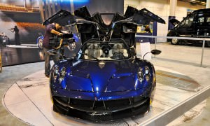 Hypercar Heroes! 2015 Pagani Huayra Up Close and Personal 3