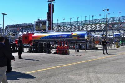 NASCAR Truck Series 2015 Toyota Tundra 13