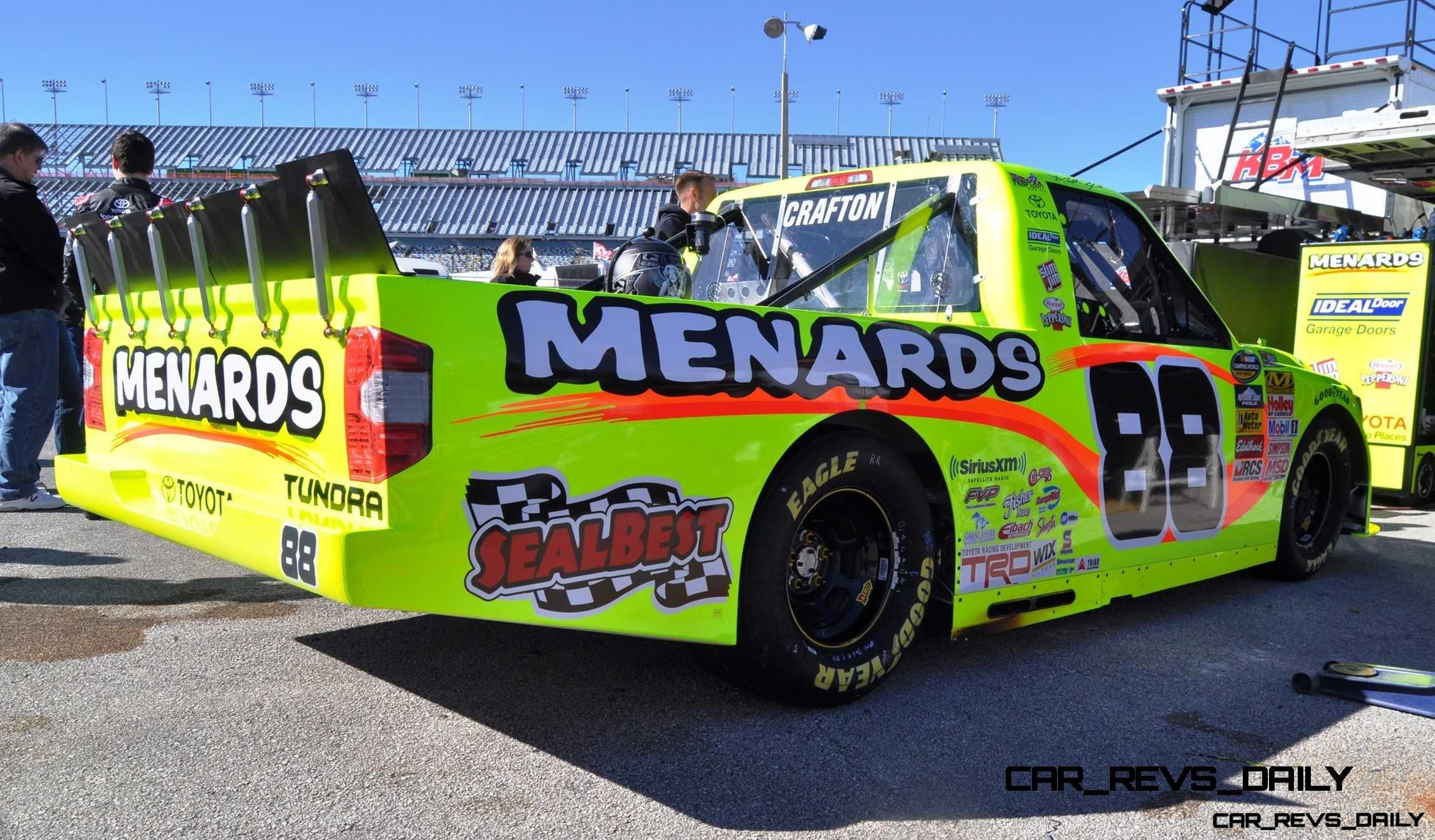 NASCAR Truck Series 2015 Toyota Tundra 25