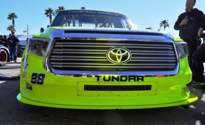 NASCAR Truck Series 2015 Toyota Tundra 27