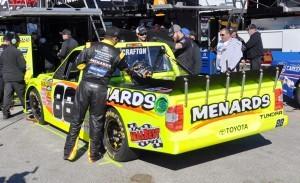 NASCAR Truck Series 2015 Toyota Tundra 37