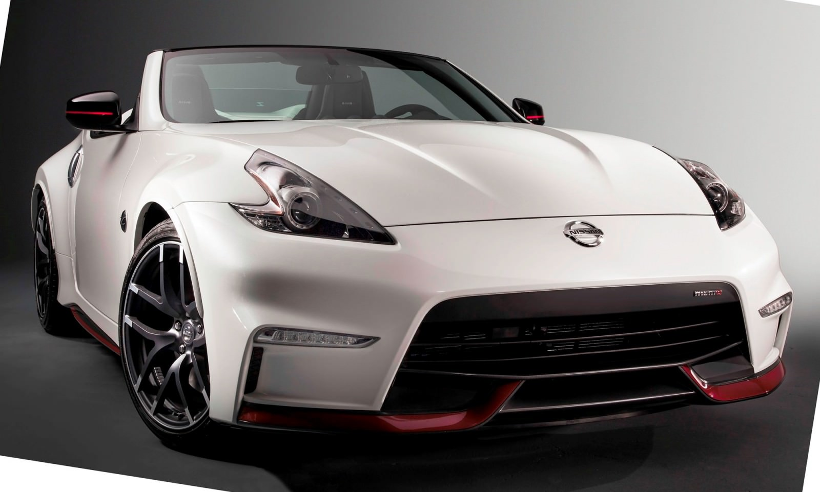 2015 nissan 370z nismo roadster concept. Black Bedroom Furniture Sets. Home Design Ideas