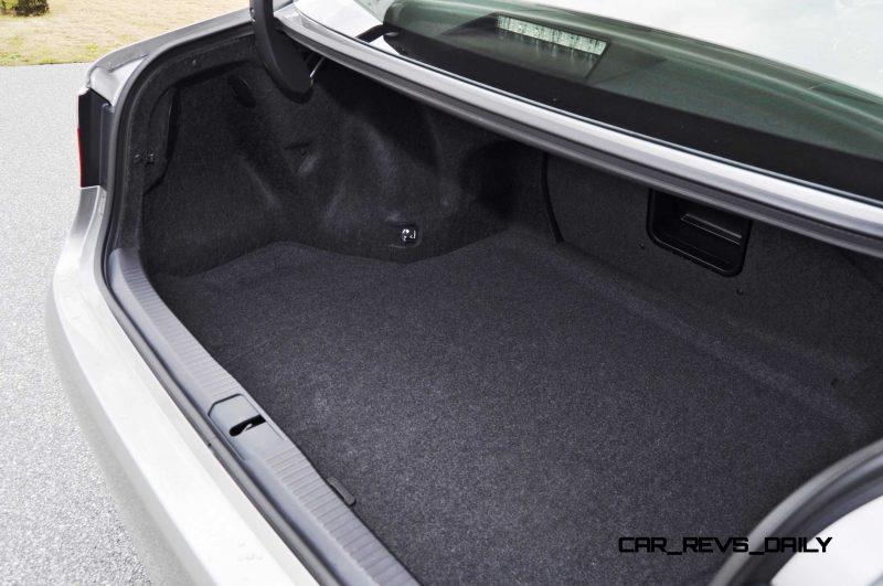 Road Test Review - 2015 Lexus ES350  76