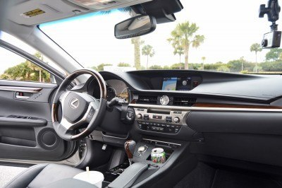 Road Test Review - 2015 Lexus ES350  78