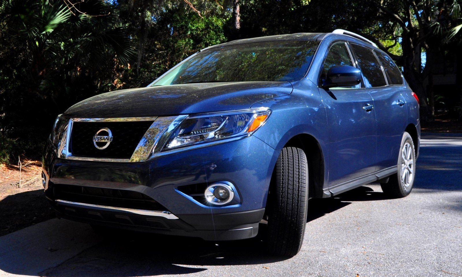 Road Test Review - 2015 Nissan Pathfinder SV 4WD 1