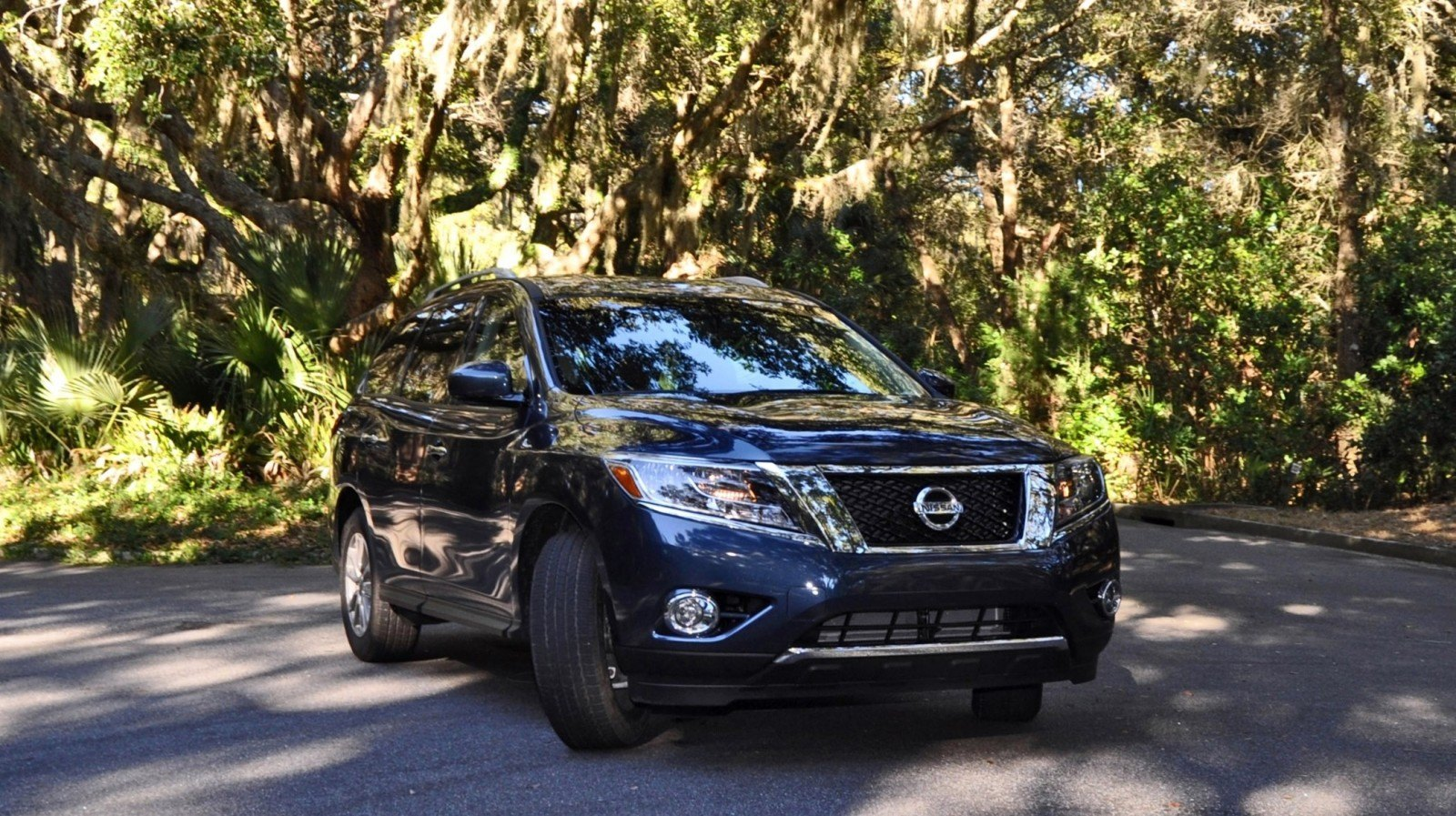 Road Test Review - 2015 Nissan Pathfinder SV 4WD 114