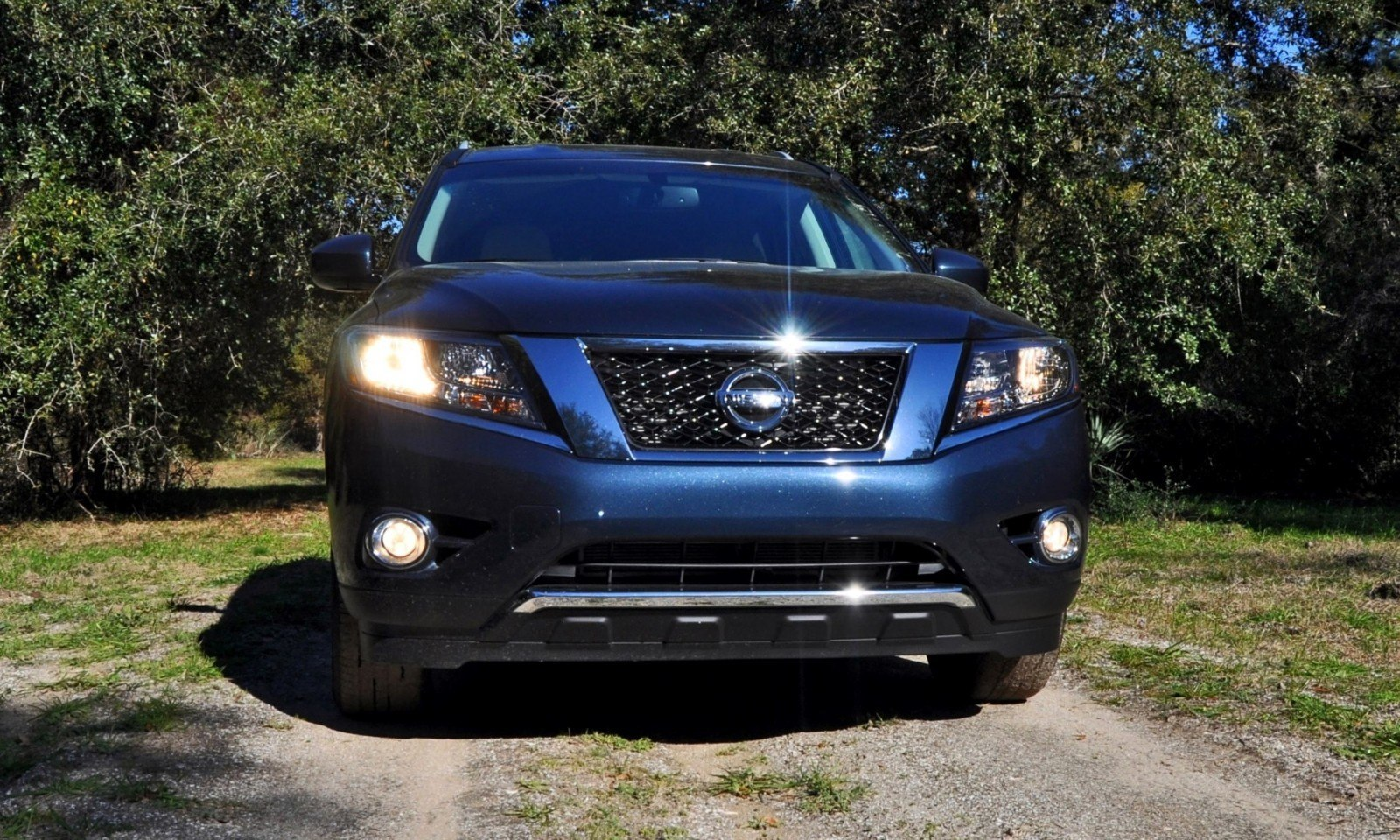 Road Test Review - 2015 Nissan Pathfinder SV 4WD 12