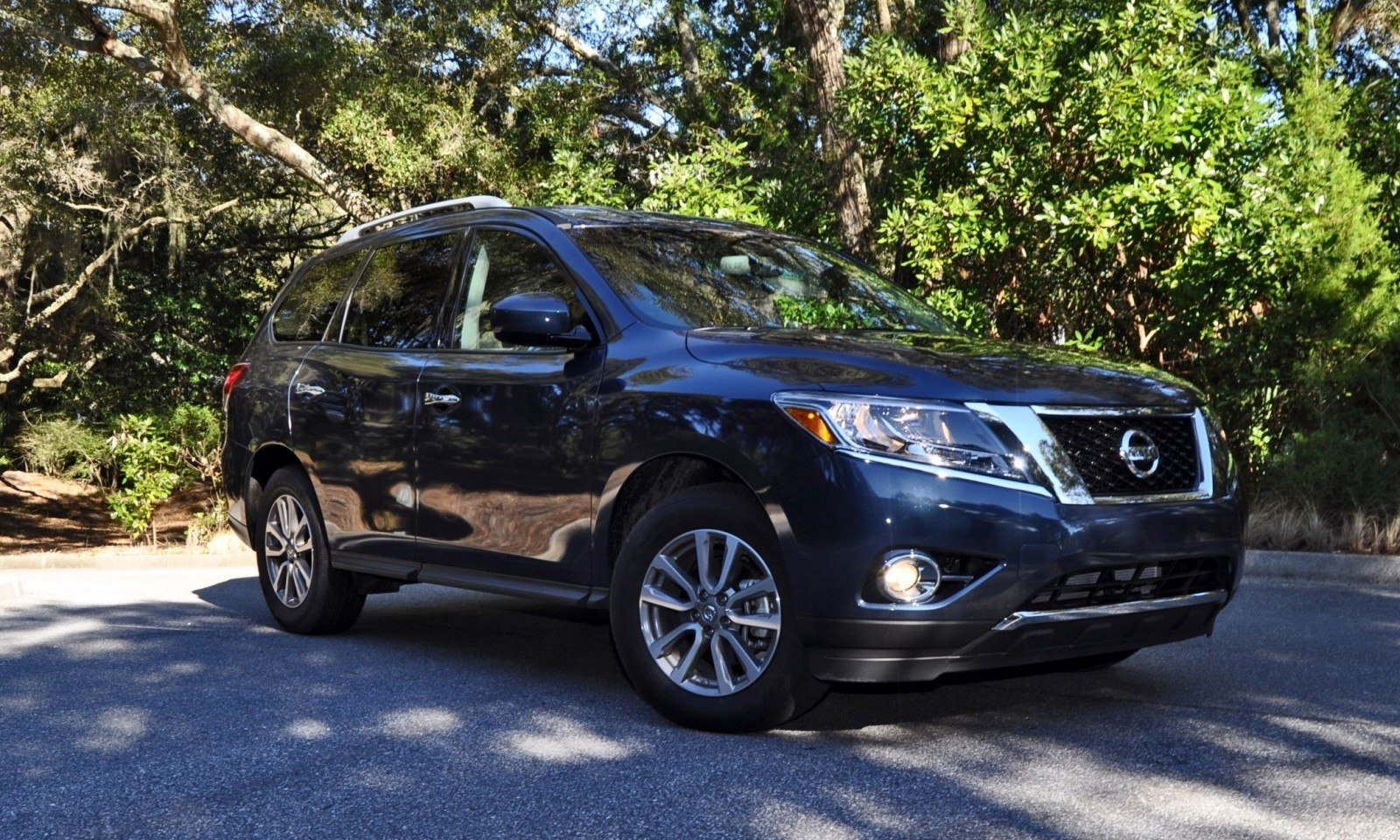 Road Test Review - 2015 Nissan Pathfinder SV 4WD 127