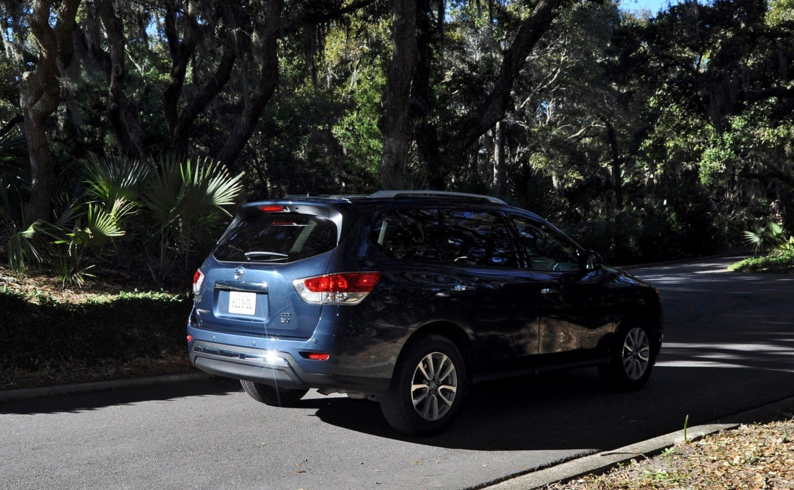 Road Test Review - 2015 Nissan Pathfinder SV 4WD 134