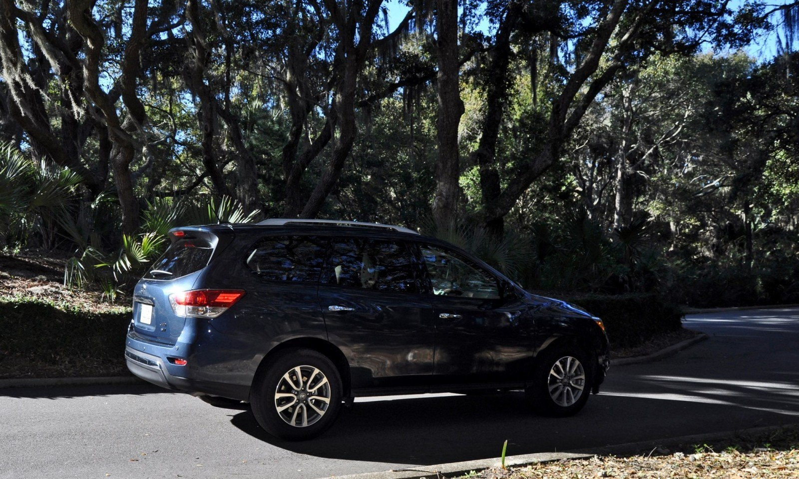 Road Test Review - 2015 Nissan Pathfinder SV 4WD 137