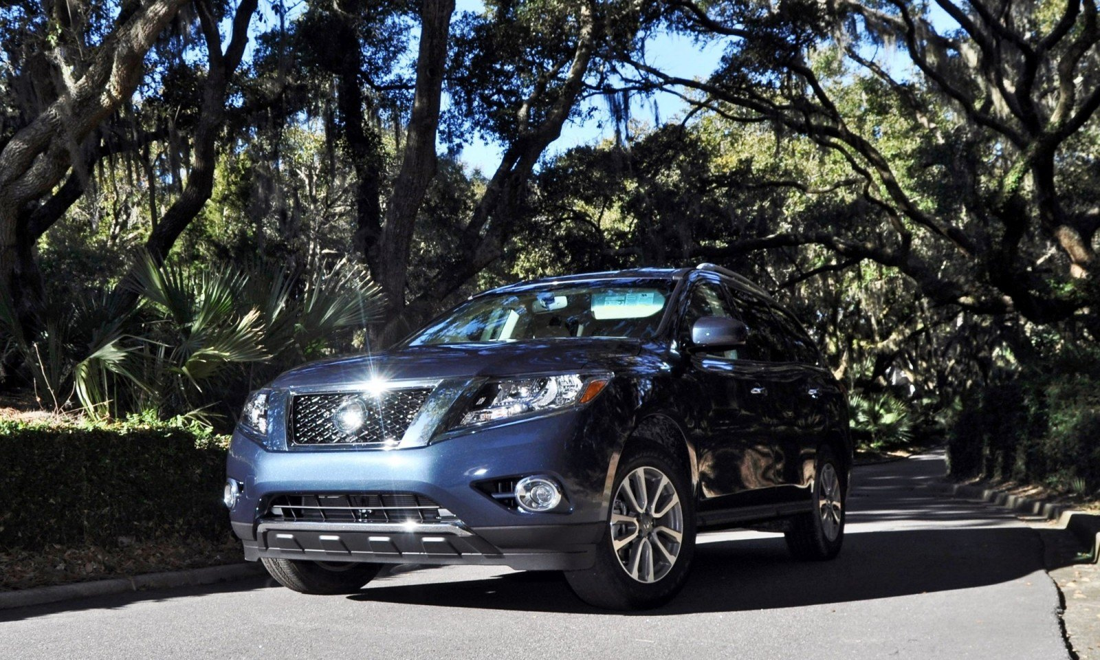 Road Test Review - 2015 Nissan Pathfinder SV 4WD 162
