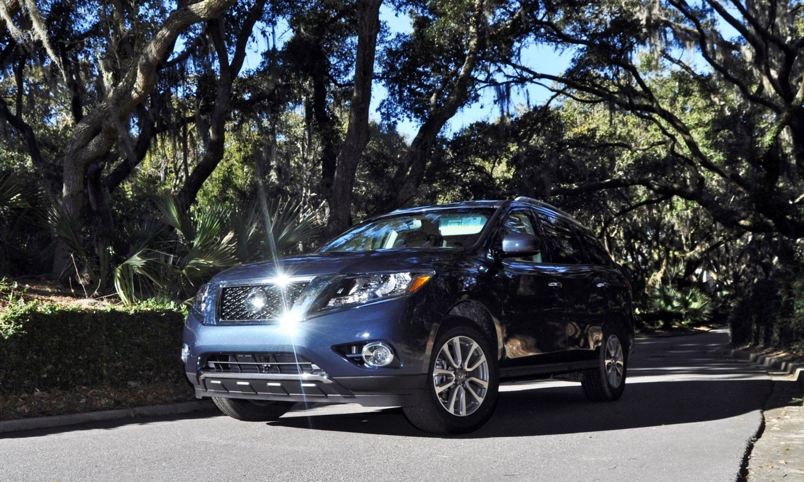 Road Test Review - 2015 Nissan Pathfinder SV 4WD 163