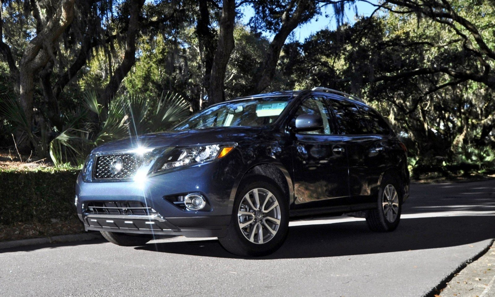 Road Test Review - 2015 Nissan Pathfinder SV 4WD 164