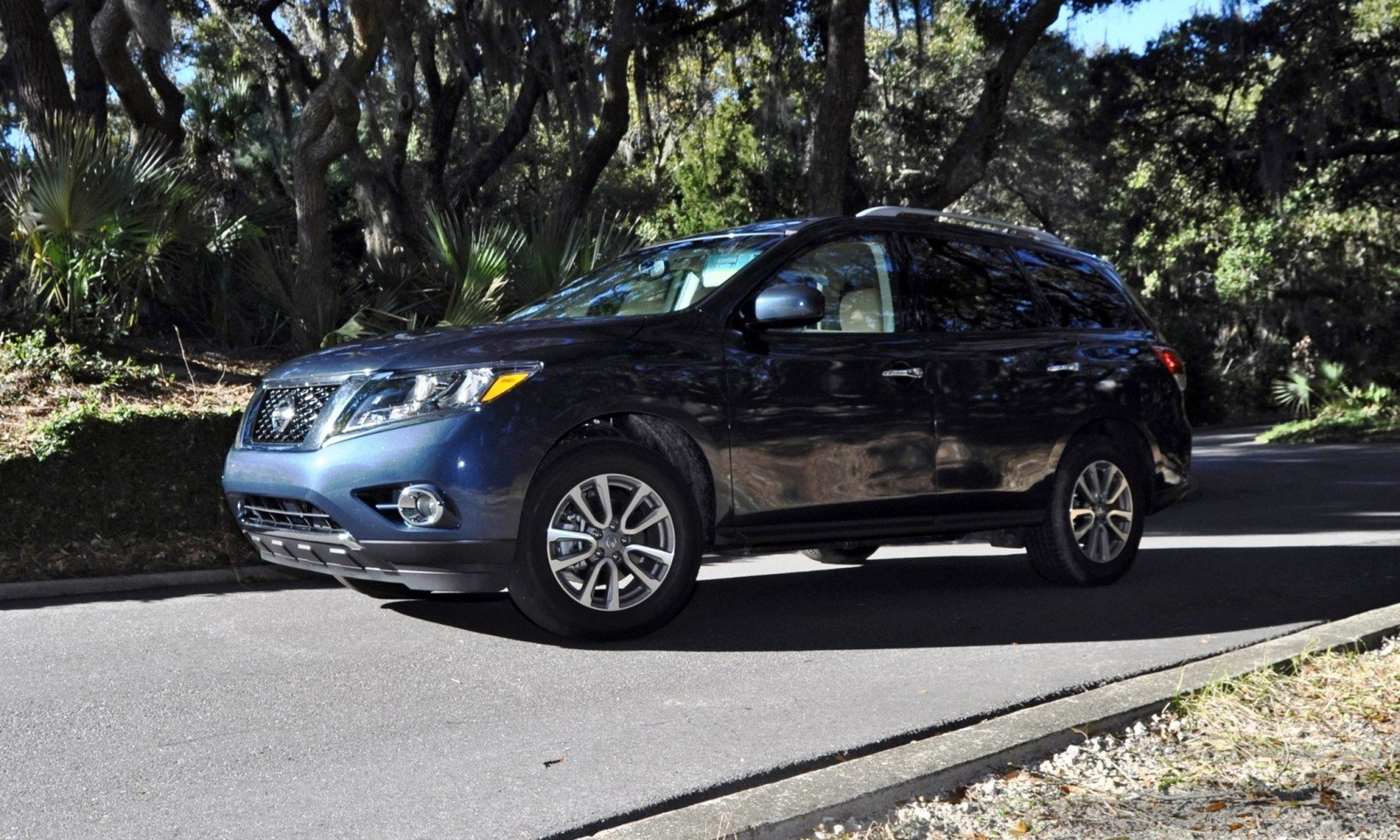 Road Test Review - 2015 Nissan Pathfinder SV 4WD 166