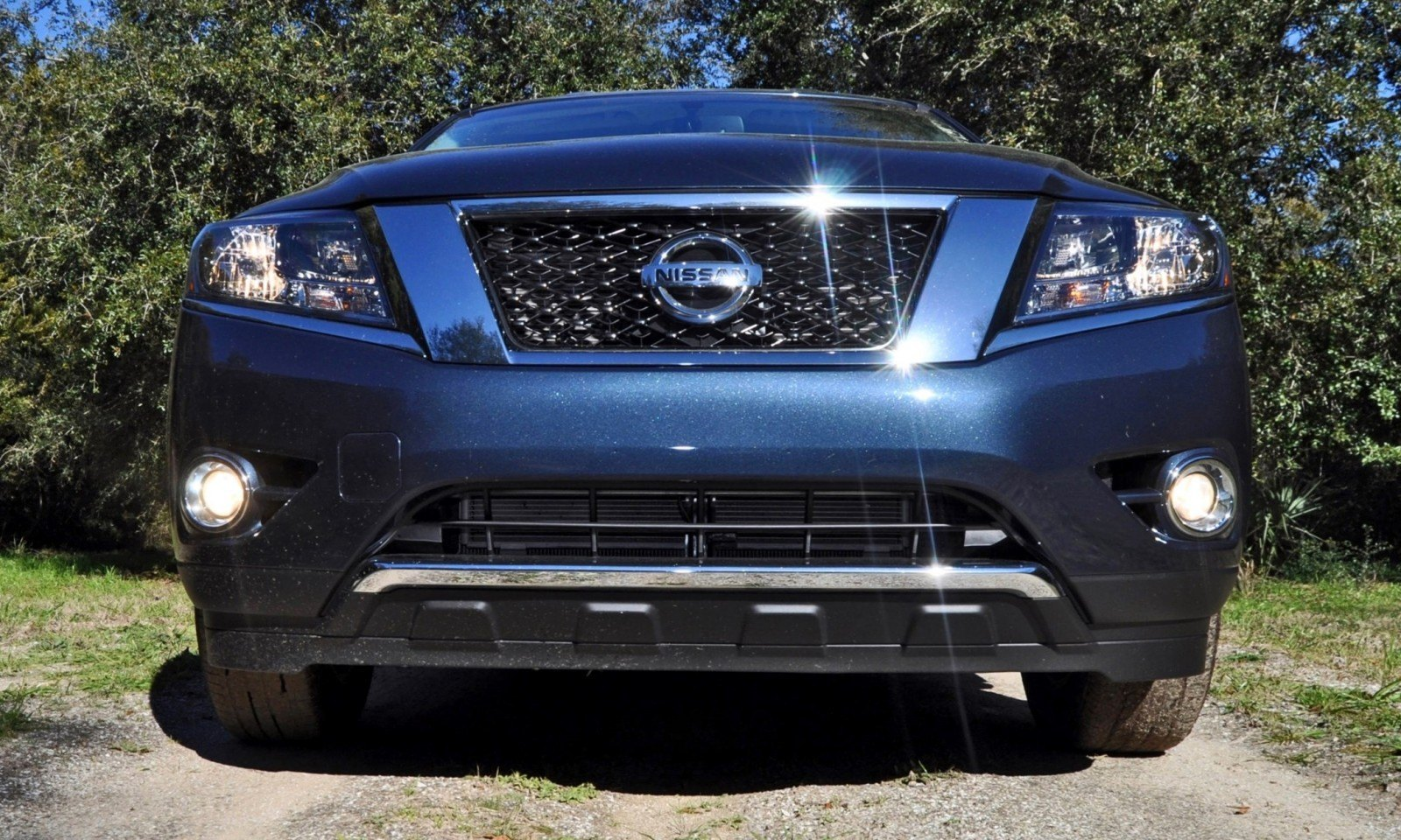 Road Test Review - 2015 Nissan Pathfinder SV 4WD 20