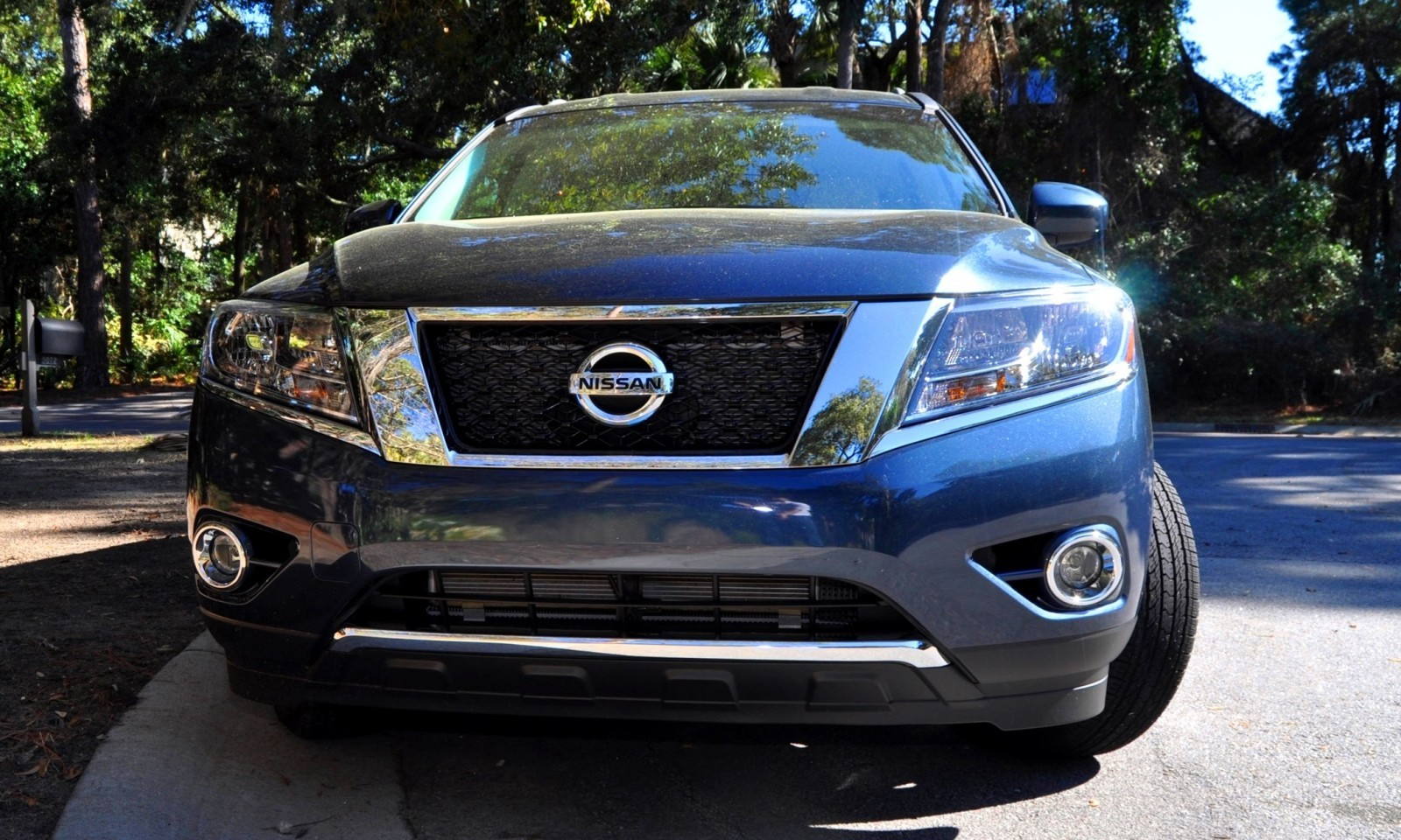 Road Test Review - 2015 Nissan Pathfinder SV 4WD 3