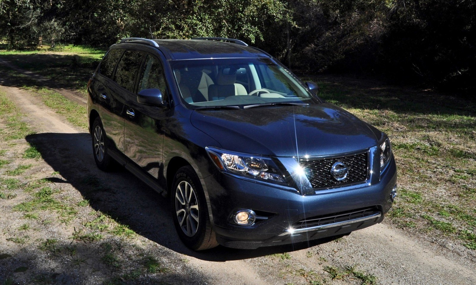 Road Test Review - 2015 Nissan Pathfinder SV 4WD 53