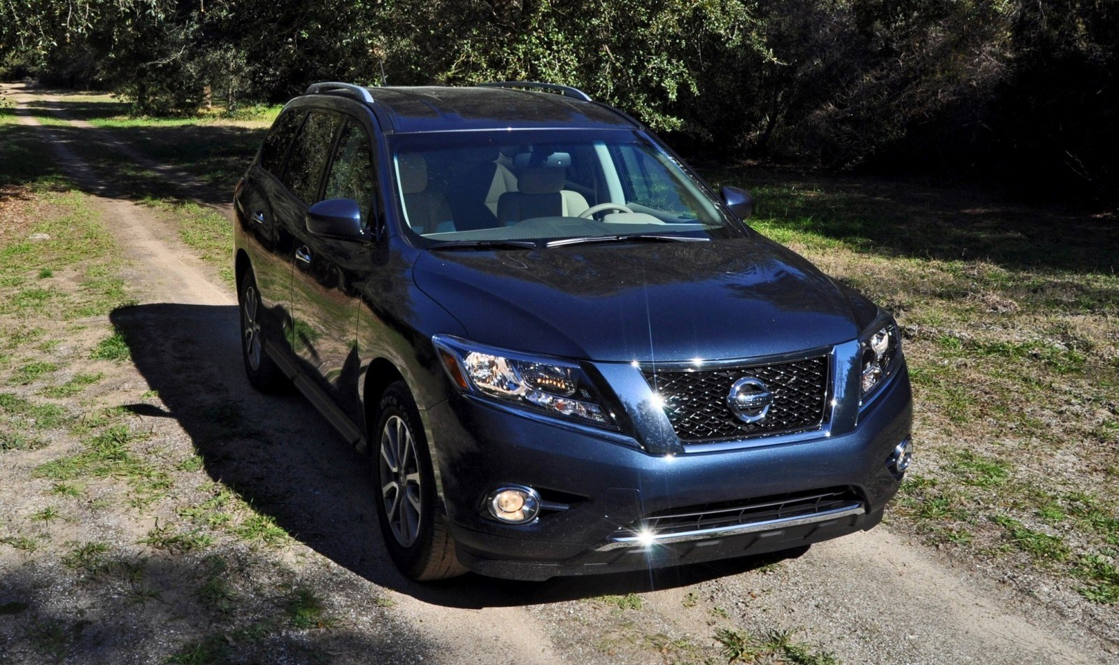 Road Test Review - 2015 Nissan Pathfinder SV 4WD 54