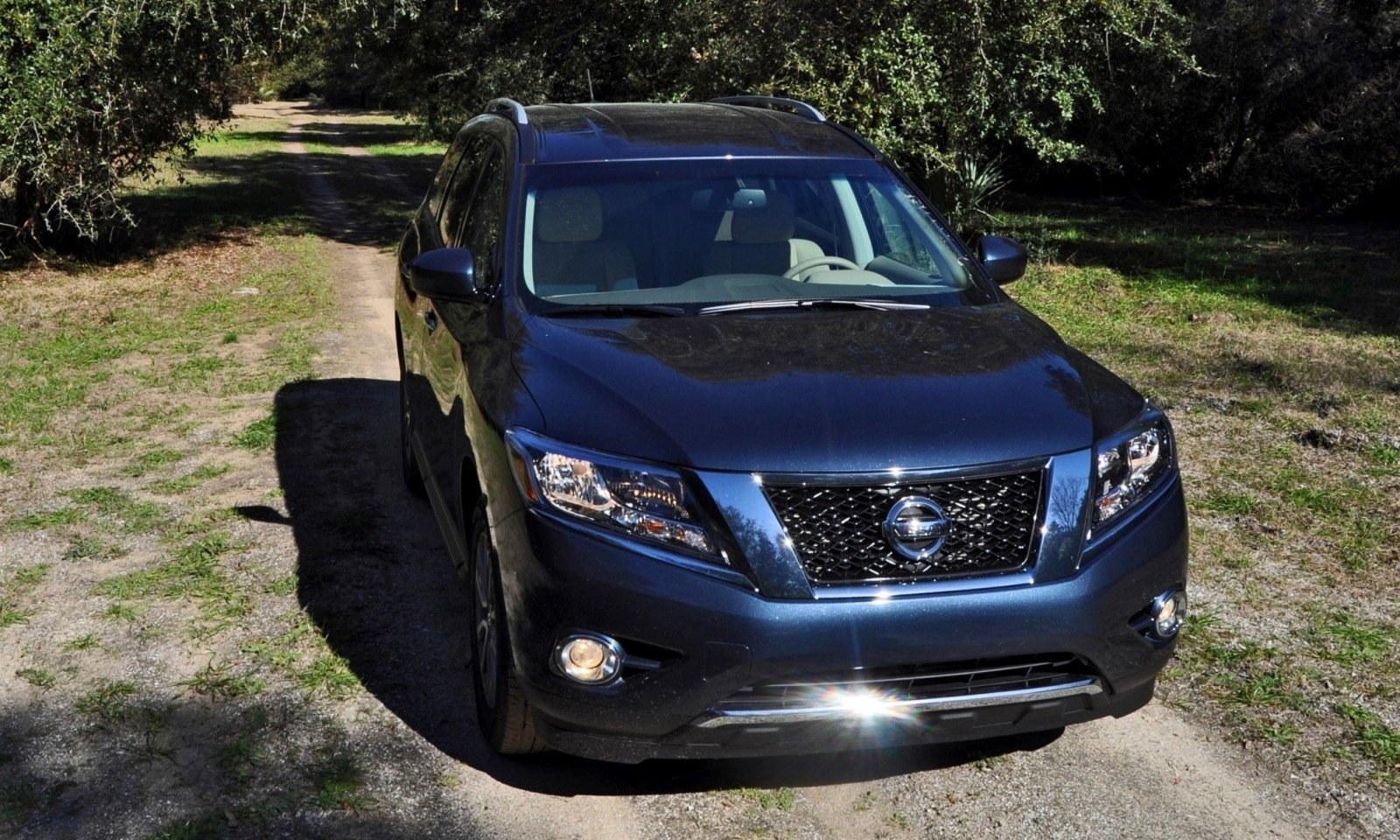 Road Test Review - 2015 Nissan Pathfinder SV 4WD 56