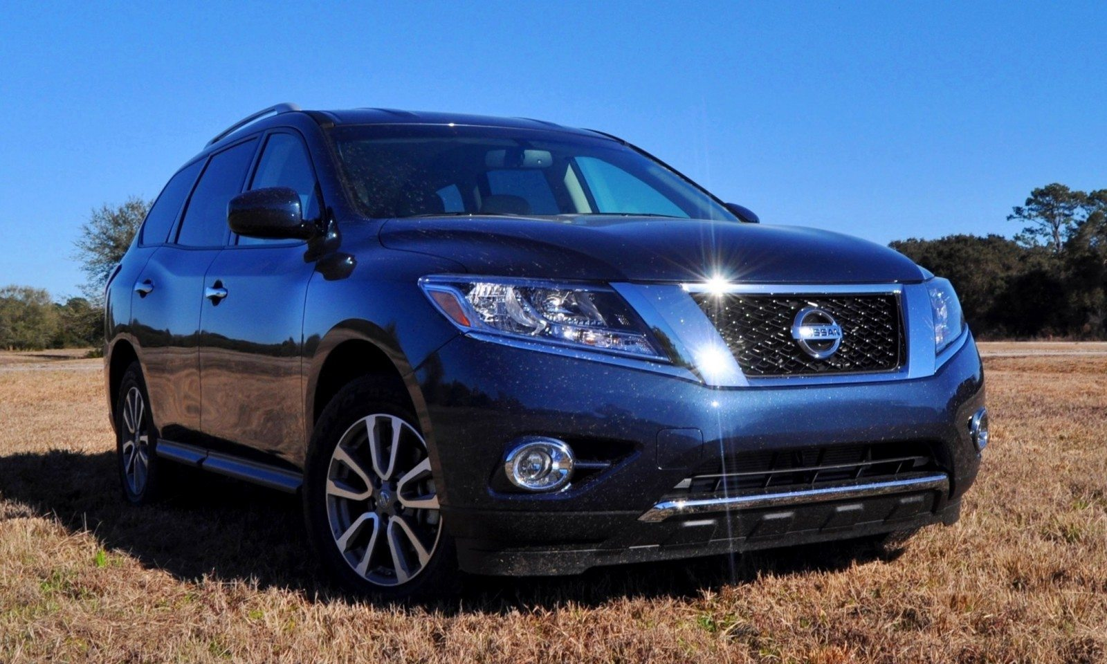 Road Test Review - 2015 Nissan Pathfinder SV 4WD 75