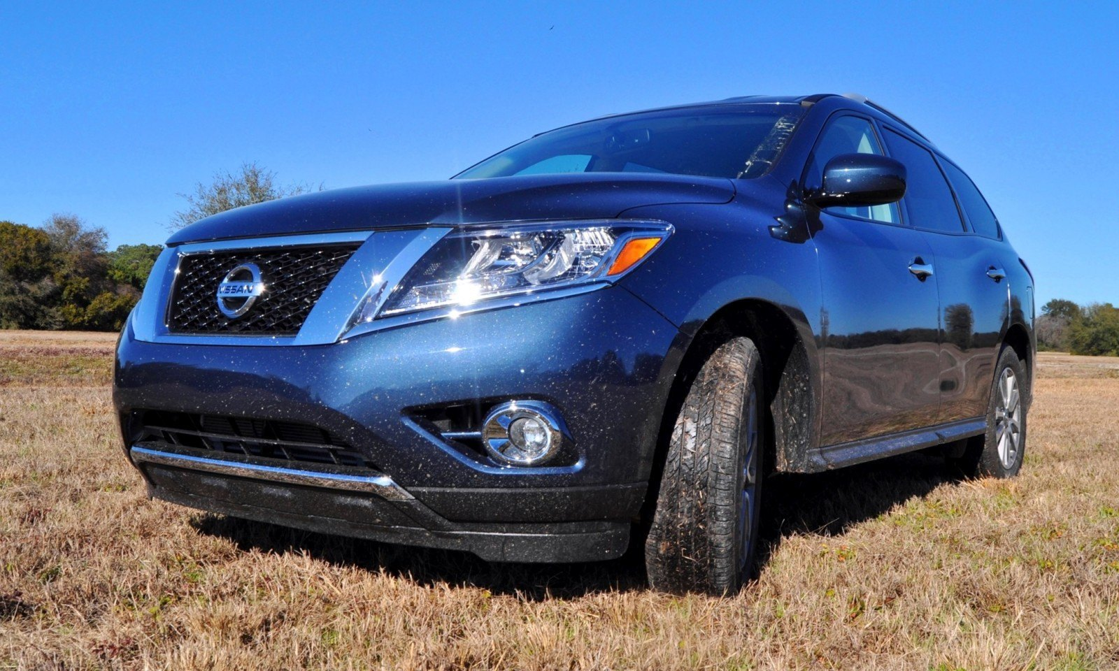 Road Test Review - 2015 Nissan Pathfinder SV 4WD 86