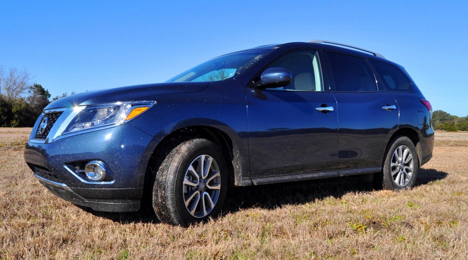 Road Test Review - 2015 Nissan Pathfinder SV 4WD 88