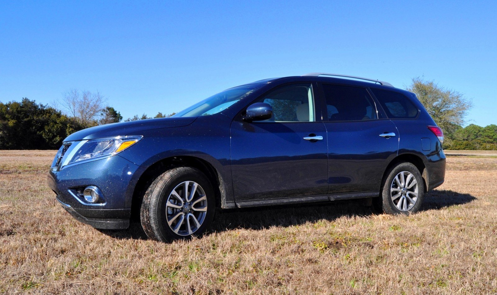 Road Test Review - 2015 Nissan Pathfinder SV 4WD 89