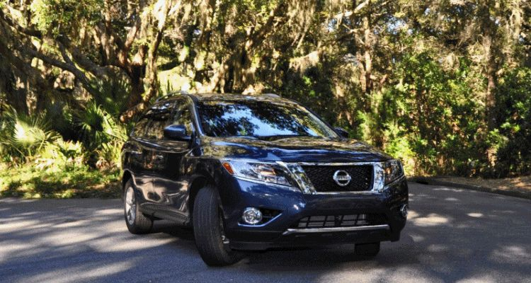 Road Test Review - 2015 Nissan Pathfinder SV 4WD