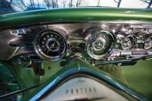 1958 Pontiac Bonneville Sport Coupe 16