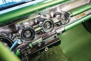 1958 Pontiac Bonneville Sport Coupe 18