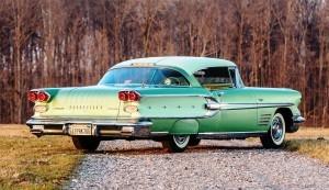 1958 Pontiac Bonneville Sport Coupe 2
