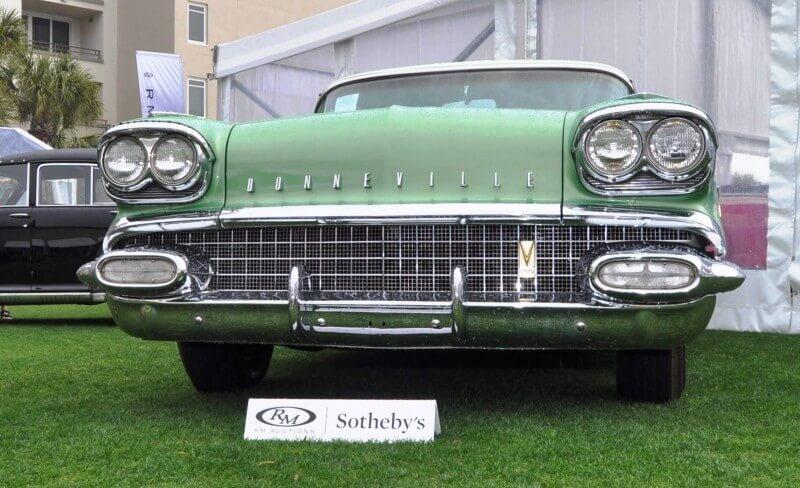 1958 Pontiac Bonneville Sport Coupe 30