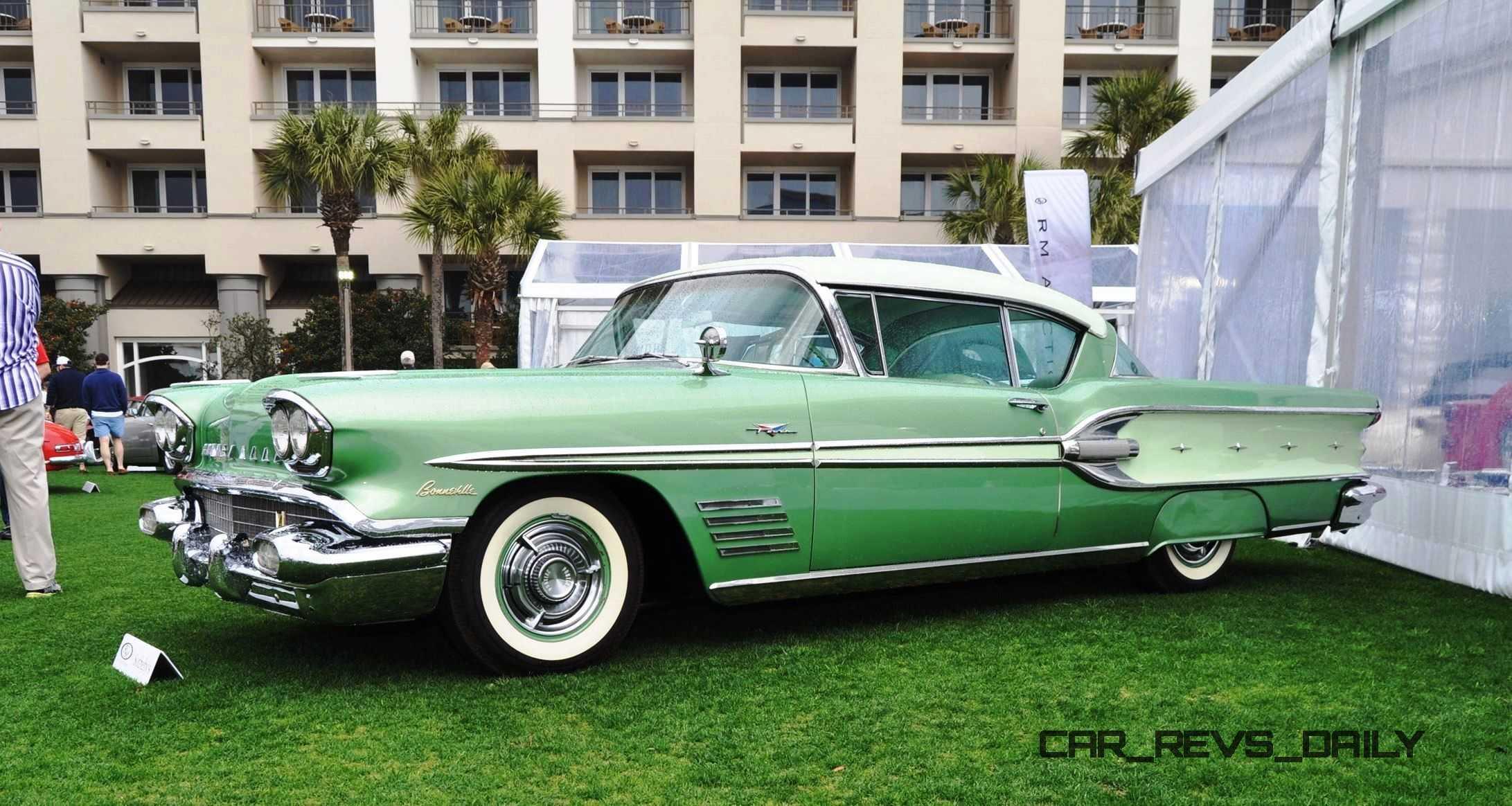 1958 Pontiac Bonneville Sport Coupe 38