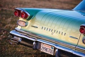 1958 Pontiac Bonneville Sport Coupe 9