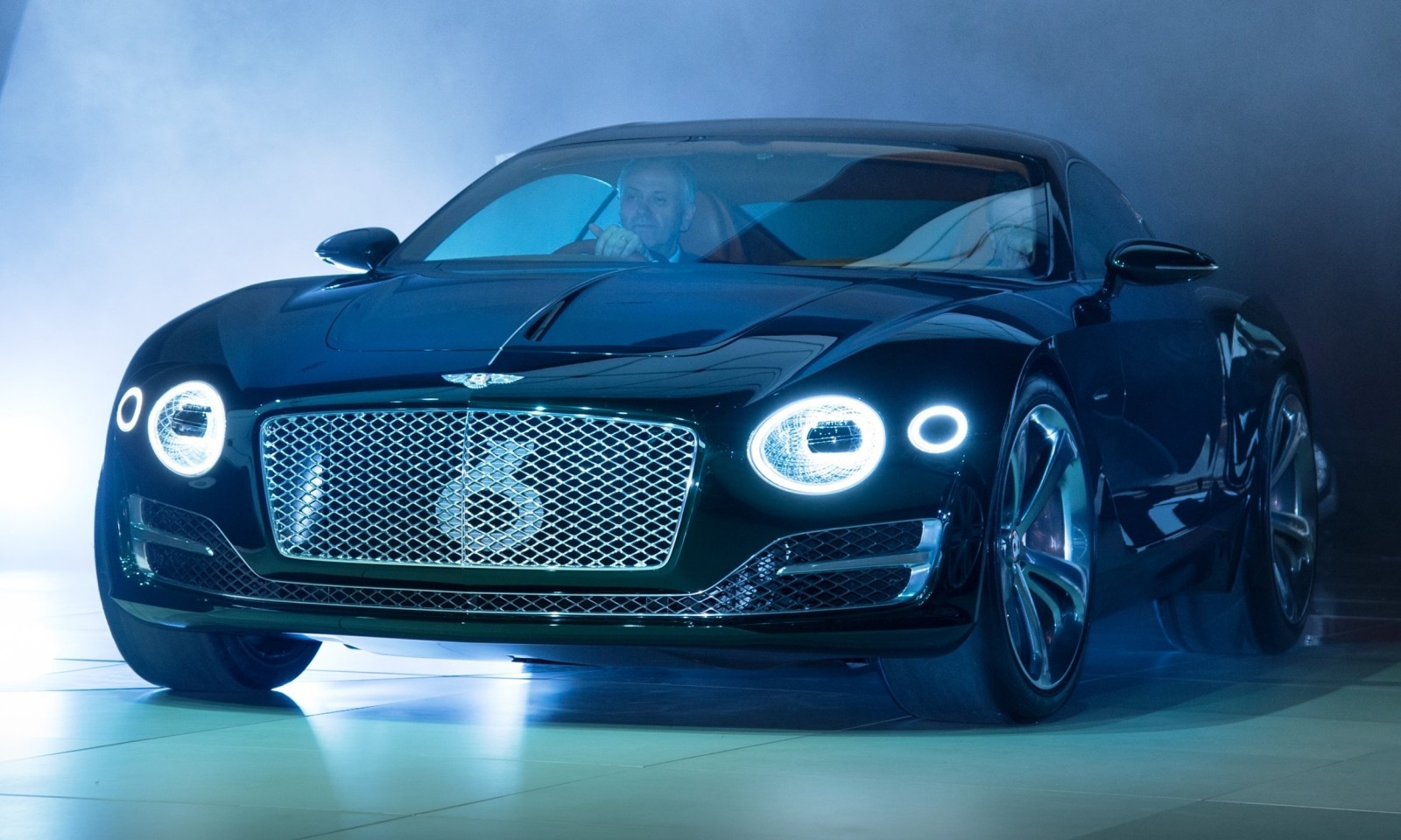 2015 Bentley EXP10 Speed6 Concept 1