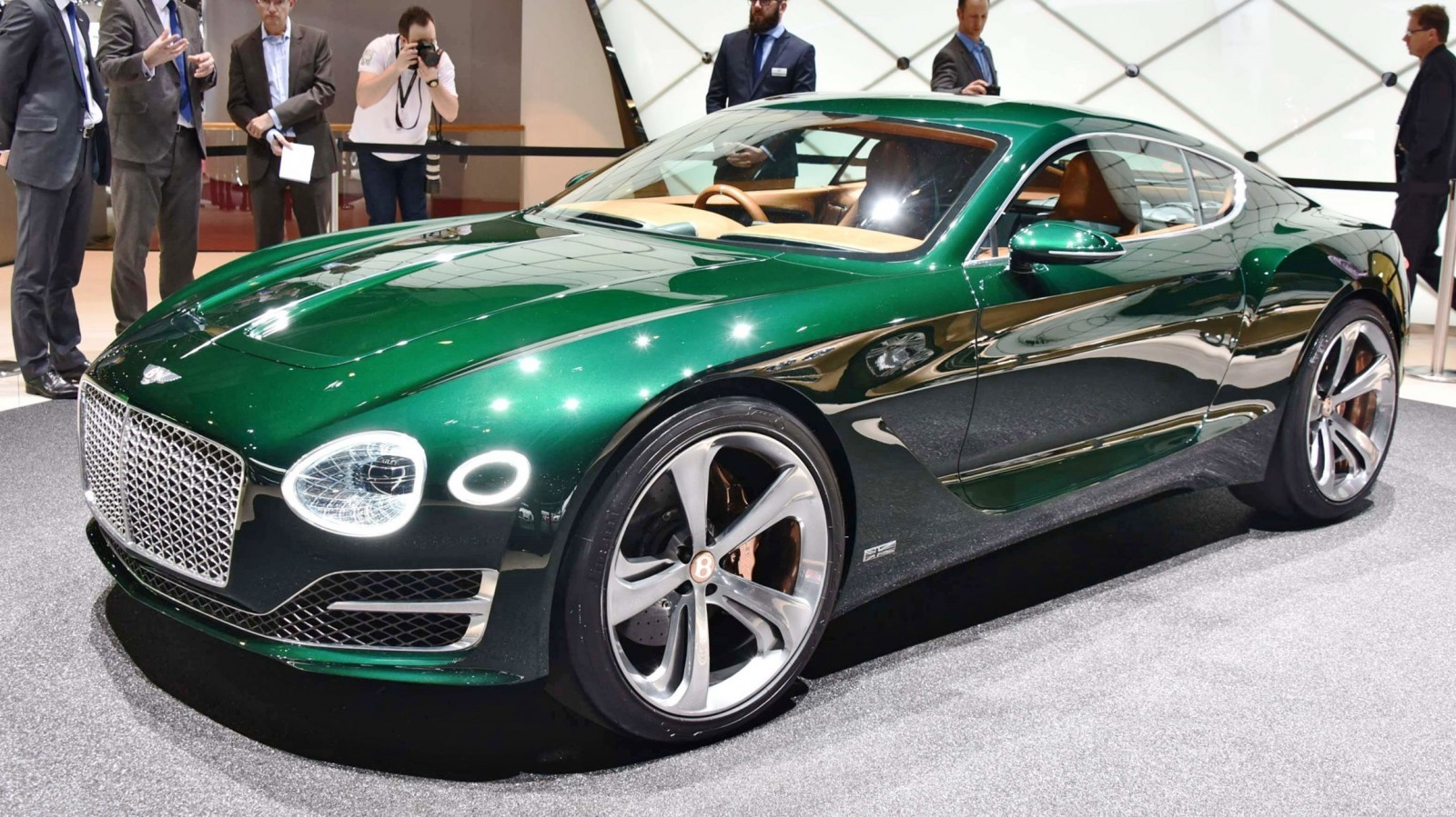 2015 Bentley EXP10 Speed6 Concept 19
