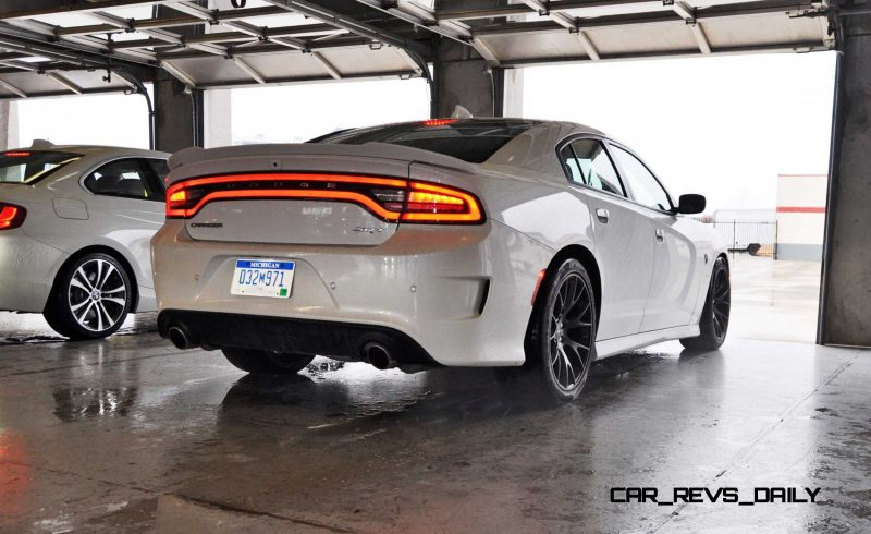 2015 Dodge Charger SRT HELLCAT Review 22