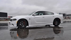 2015 Dodge Charger SRT HELLCAT Review 26
